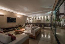 Salas de estilo moderno por Andréa Buratto Arquitetura & Decoração