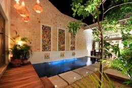 modern Pool by Ancona + Ancona Arquitectos