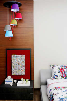 Homes: eclectic Bedroom by Rakeshh Jeswaani Interior Architects