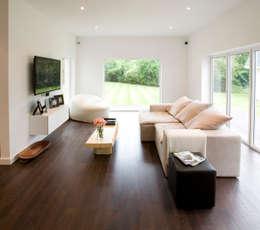 Sala: Salas multimédia modernas por Architect Your Home