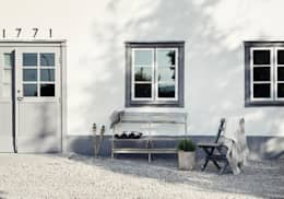 Il fascino dello stile nordico in una villa del '700: Case in stile in stile Scandinavo di Design for Love