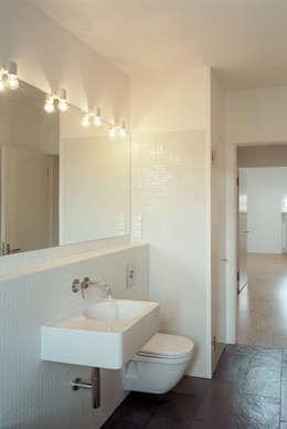bathroom: modern Bathroom by brandt+simon architekten