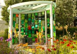 modern Garden by Elks-Smith Landscape and Garden Design