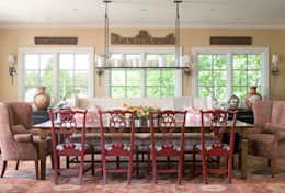 classic Dining room by Andrea Schumacher Interiors