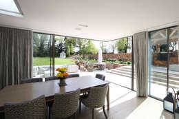 کھڑکیاں by IQ Glass UK