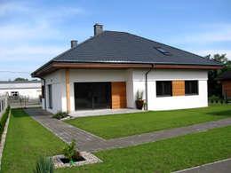 Maisons de style de style Moderne par Pracownia Projektowa ARCHIPELAG