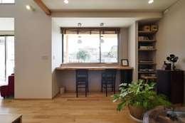 リビングの一角: 池田デザイン室(一級建築士事務所)が手掛けたリビングです。