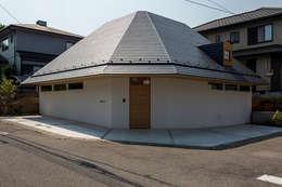 宇都宮・屋根の家: 中山大輔建築設計事務所/Nakayama Architectsが手掛けた家です。