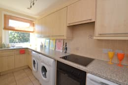 Two bedroom period apartmnt: modern Kitchen by THE FRESH INTERIOR COMPANY