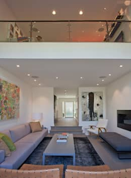 Georgetown Living Room & Loft Lighting  : modern Living room by Hinson Design Group