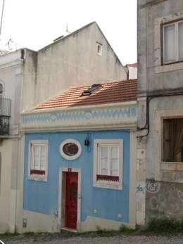 Casas de estilo  por QFProjectbuilding, Unipessoal Lda