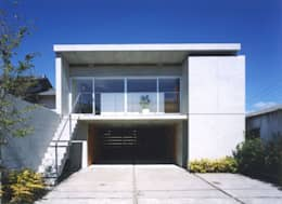 moderne Huizen door FrameWork設計事務所