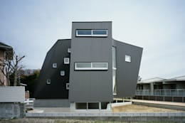 minimalistic Houses by 桑原茂建築設計事務所 / Shigeru Kuwahara Architects