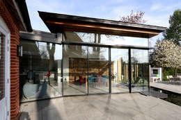 Cửa sổ by IQ Glass UK