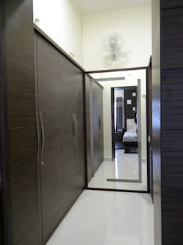 First floor master bedroom dressing: modern Dressing room by Hasta architects