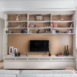 modern Living room by Alma em Design
