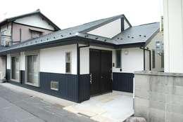 Rumah by 西川真悟建築設計