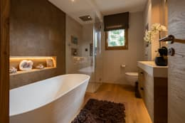 modern Bathroom by BAUR WohnFaszination GmbH