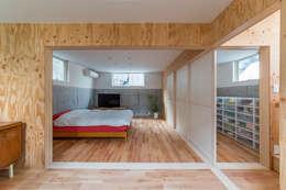 Kamar Tidur by 水石浩太建築設計室/ MIZUISHI Architect Atelier