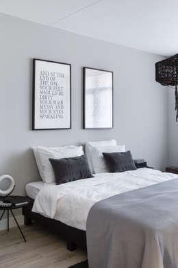 modern Bedroom by Mariska Jagt Interior Design