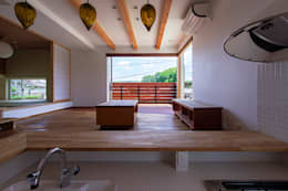 リビング: 祐建築設計事務所が手掛けたリビングです。