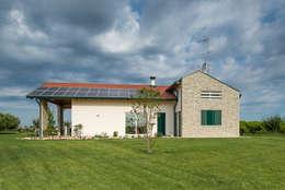 Single family home by Woodbau Srl