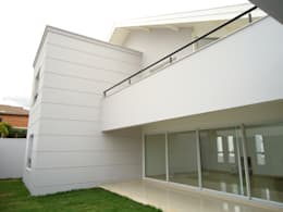 Patios by canatelli arquitetura e design