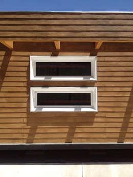 Detalle de fachada: Casas de estilo moderno por Constructora CONOR Ltda - Arquitectura / Construcción