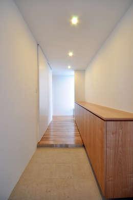 Koridor dan lorong by 門一級建築士事務所