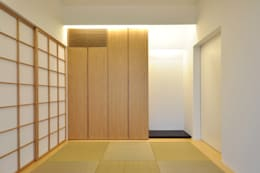 moderner Multimedia-Raum von 門一級建築士事務所
