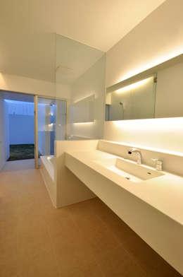 浴室 by 門一級建築士事務所