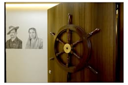 Entrance Door:  Corridor, hallway & stairs  by Navmiti Designs