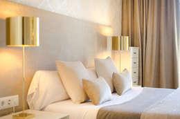 eclectic Bedroom by DELATORRE-HAUSMANN INTERIORISTAS