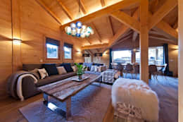 Ski Chalet Living Room 2: modern Living room by David Village Lighting