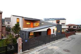 도로변풍경: 주택설계전문 디자인그룹 홈스타일토토의  주택