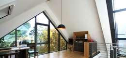 Bureau de style de style Moderne par Architekturbüro Schumann