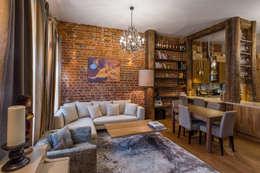 Гостиная, совмещенная со столовой и кухней: Гостиная в . Автор – ARK BURO