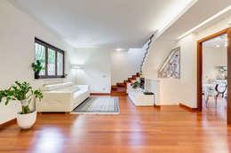Salas / recibidores de estilo moderno por EF_Archidesign