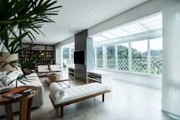 Cocinas de estilo moderno por L2 Arquitetura