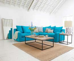 modern Living room by Loaf