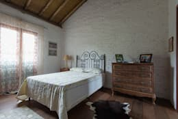 Dormitorios de estilo rústico por Valquiria Leite Arquitetura e Urbanismo