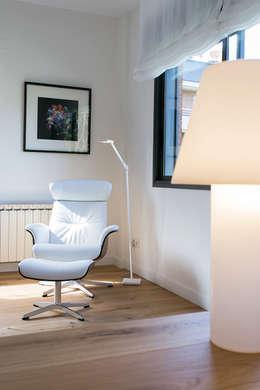 Salas de estilo minimalista por dom arquitectura