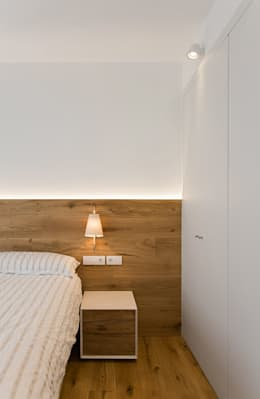 minimalistic Bedroom by dom arquitectura