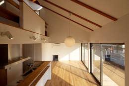 scandinavian Living room by C-design吉内建築アトリエ