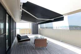T邸ーFlat design 1: C-design吉内建築アトリエが手掛けたベランダです。