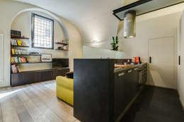 Cocinas de estilo moderno por EF_Archidesign