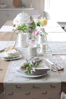 country Dining room تنفيذ Sophie Allport