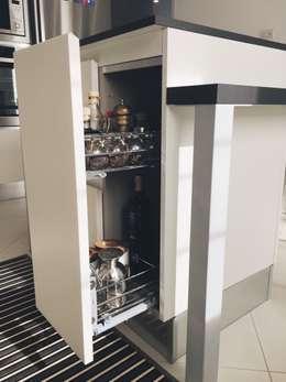 Кухни в . Автор – M16 architetti
