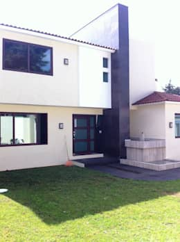 Casa AG: Casas de estilo moderno por GRUPO ESGO
