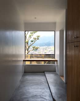 TOM: ZOYA Design Officeが手掛けた玄関・廊下・階段です。